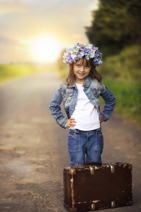 Traveling with Kids - Making Travel With Kids Easy